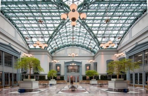 Top 10 places to read and write in chicago chicago Harold washington library winter garden